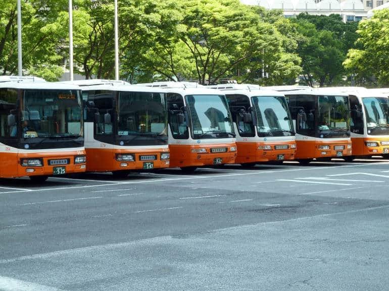 Limousine Bus lineup