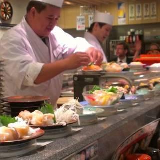 Heiroku Sushi - A Very Comfortable Conveyor Belt Ride