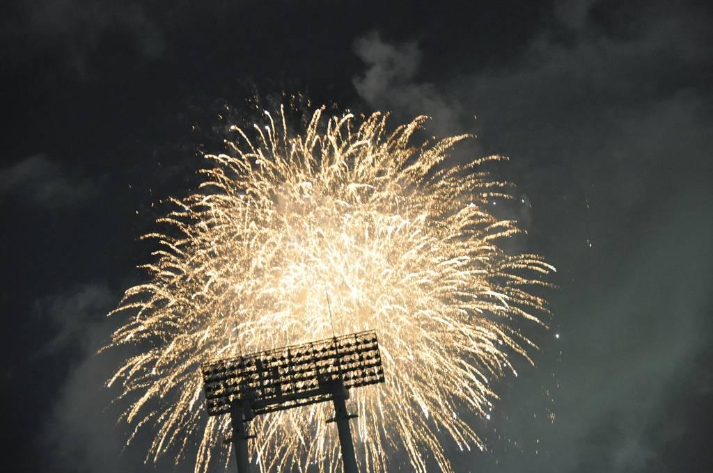 jingugaien fireworks