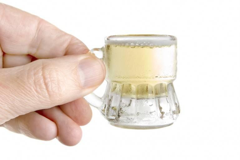 Tiny beer image via Shutterstock.