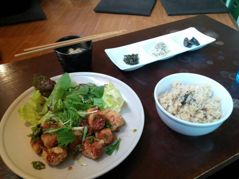 Vegan lunch at Nagi Shokudo