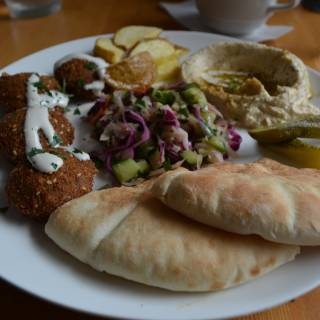 Ta-im: Falafel Paradise in Ebisu