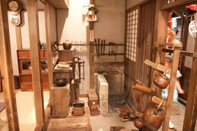 Edo period blacksmith shop in Shitamachi Museum