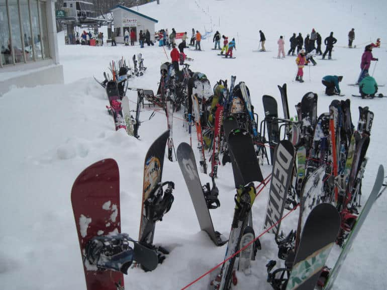 skiing and snowboarding near Tokyo