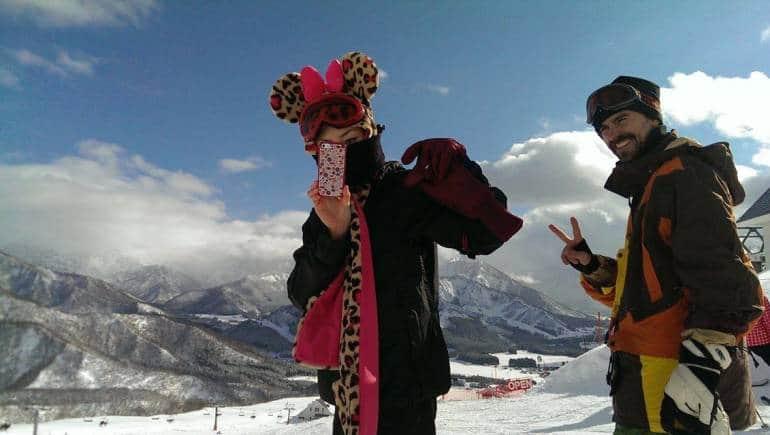 snowboarding in yuzawa