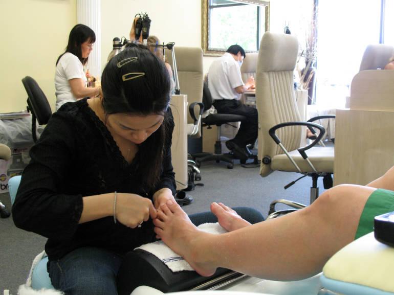 Nail salons in tokyo