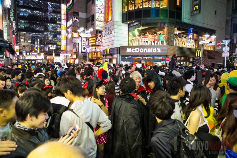 Shibuya Halloween crowd