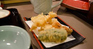 Tempura set at Tempura Tsunahachi