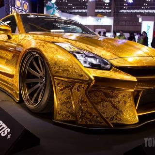Custom Cars Take Over Makuhari Messe