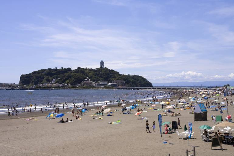 Enoshima main beach