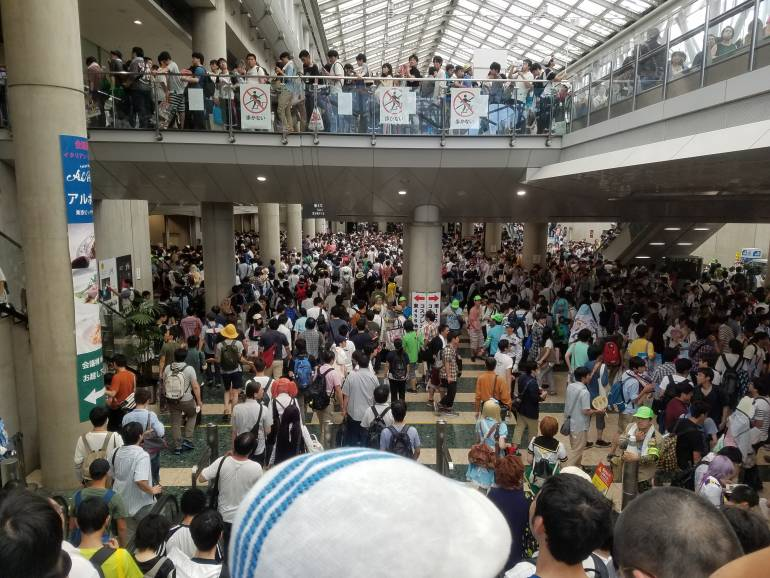 comiket cosplayer