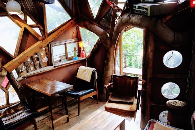 Nanjya Monjya Treehouse Cafe