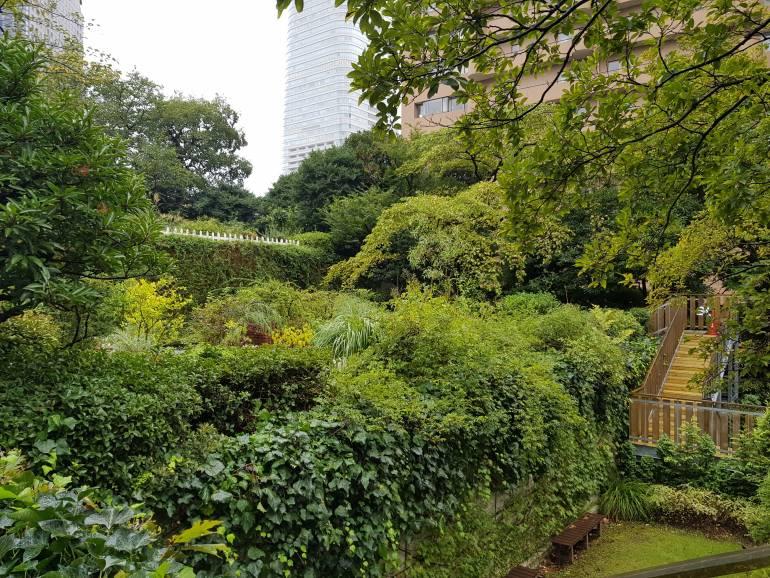 Ark Hills Garden on the roof of Suntory Hall