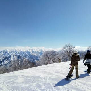 Buying Secondhand Ski and Snowboard Gear in Tokyo