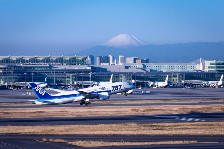 Mount Fuji visible from Haneda Airport