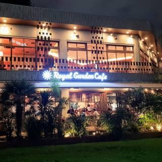 Royal Garden Cafe – Aoyama