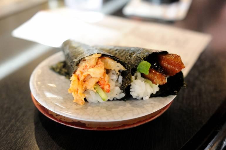 Handroll sushi