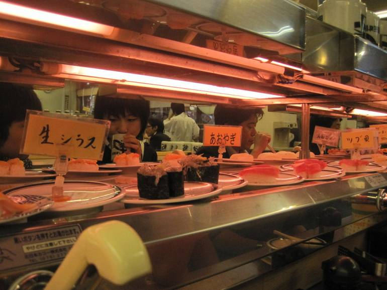 Shinjuku sushi restaurant counter