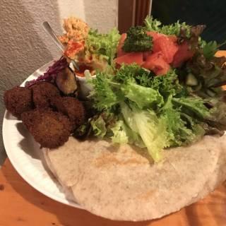 Get Your Hummus and Falafel Fix at Kuumba du Falafel