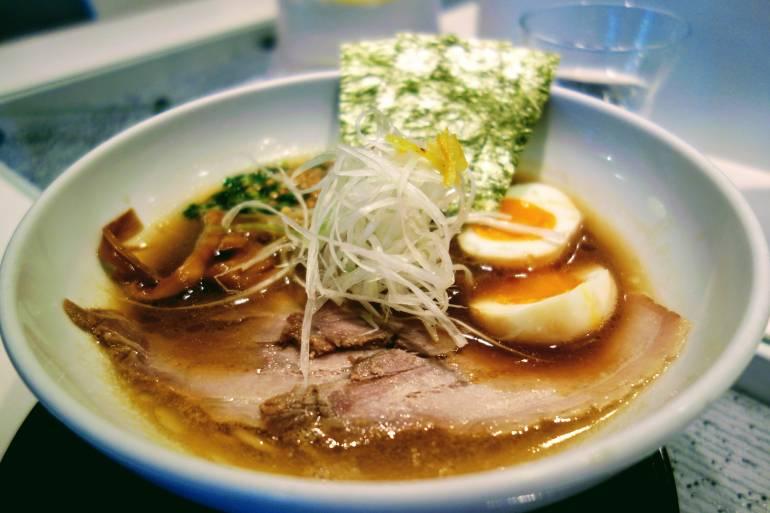 shibuya lunch restaurant Kugatsudo Ramen