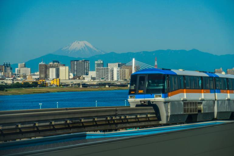 Fuji and the city and Tokyo Monorail. Shooting Location: Tokyo metropolitan area