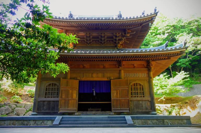 Nihon-ji Temple Nokogiriyama