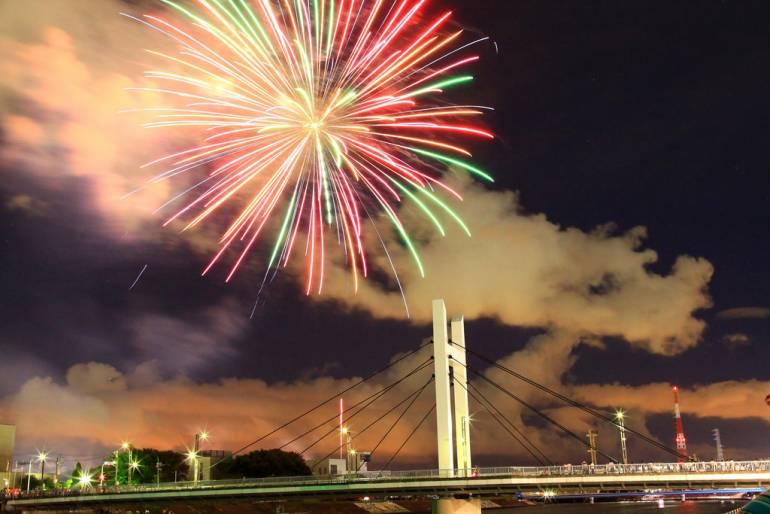 Tsurumi River Fireworks