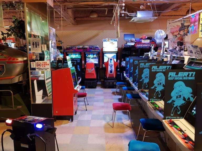 Mikado Game Center Interior