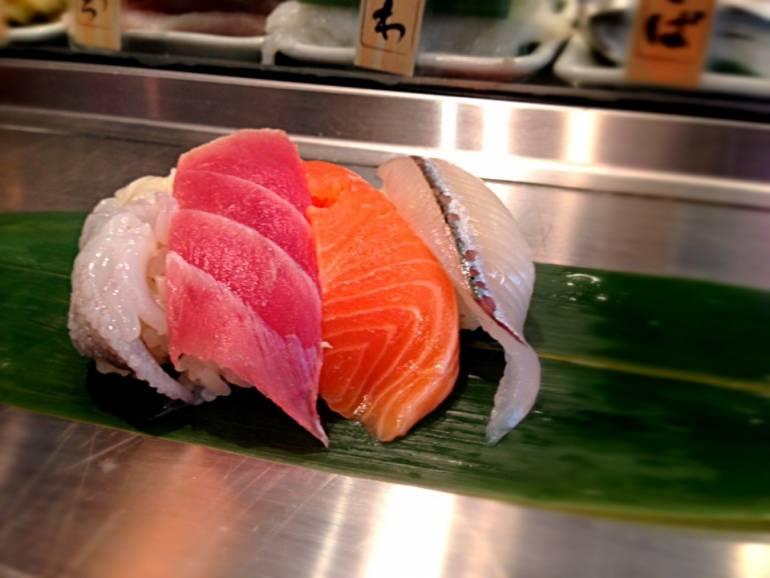 cheap sushi spots in tokyo