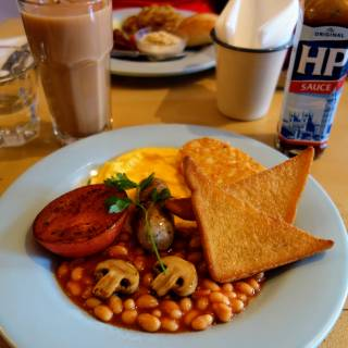 HP and Yorkshire Tea: Where to Get a Full English in Tokyo