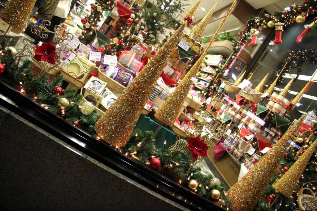 tokyo christmas shopping