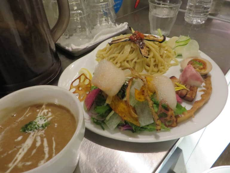 unique ramen bowls tokyo