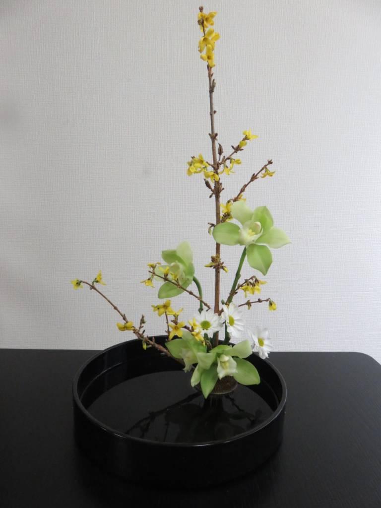 Ikebana workshop in Tokyo