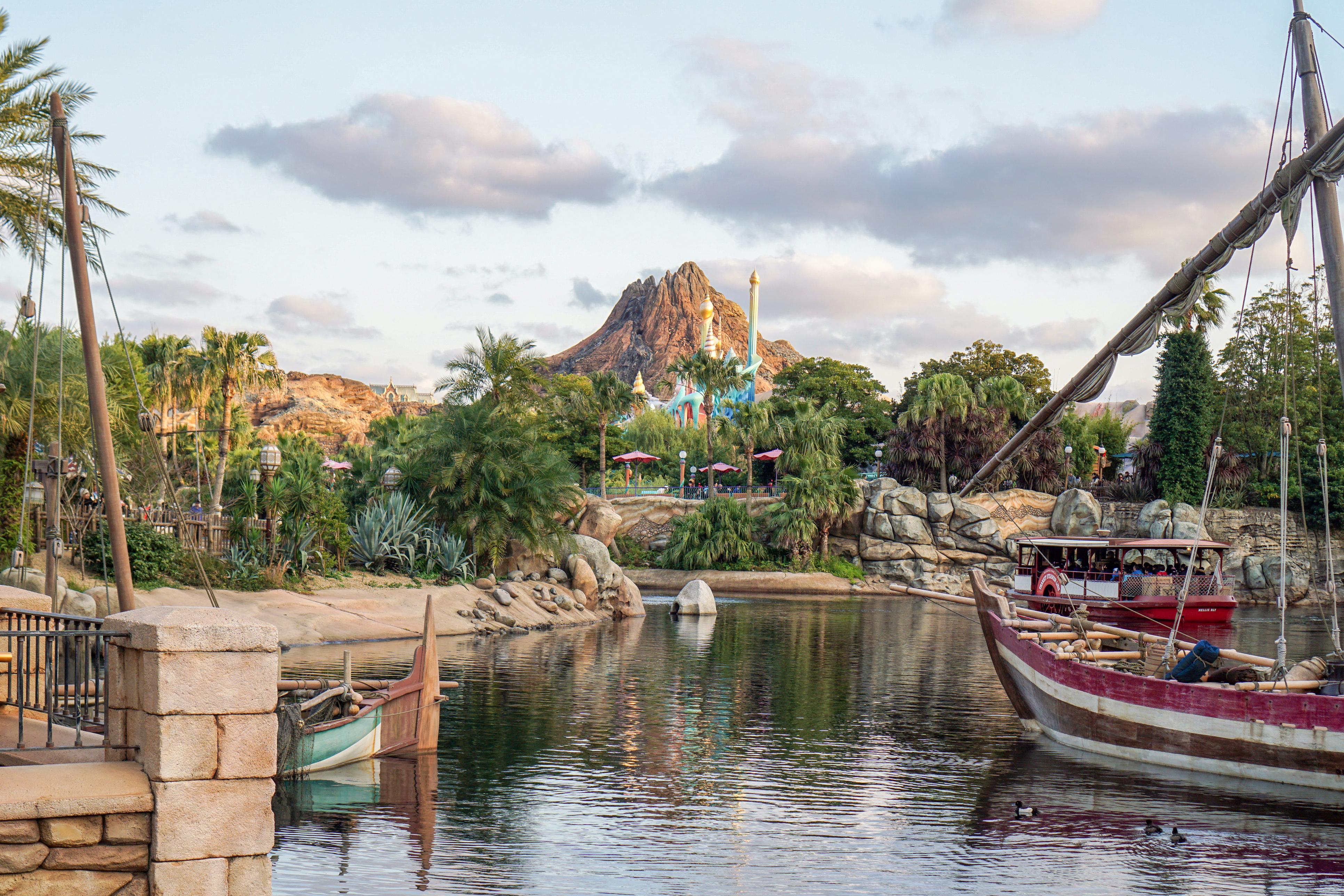 Tokyo Disneyland harbour