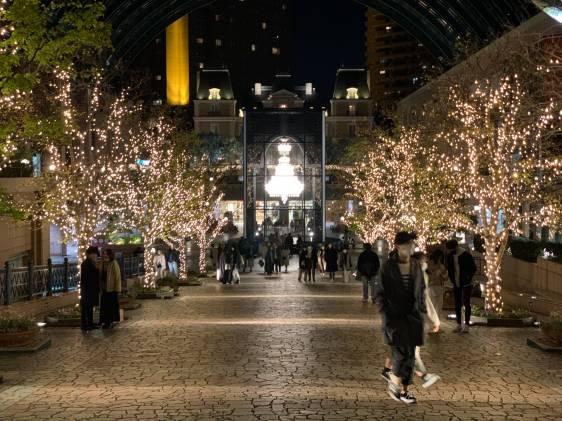 Ebisu Garden Place Christmas chandelier