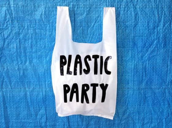 Yeka Haski Plastic Party