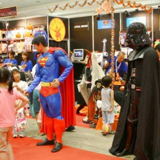 Tokyo Events This Week: Fireflies, Philippine Expo and Tokyo Toy Show