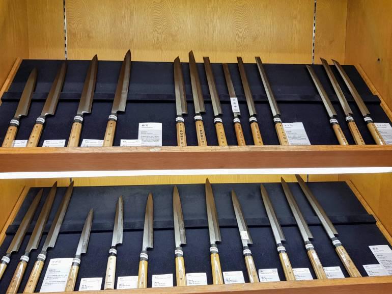 Kama-asa knives