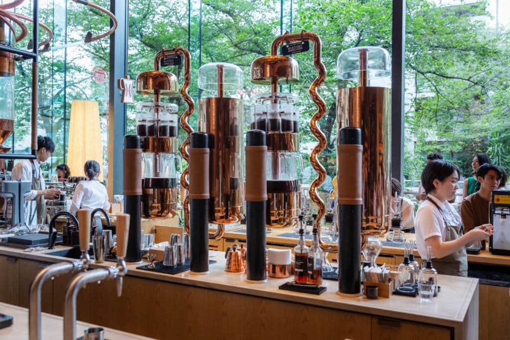 Starbucks reserve roastery Tokyo coffee Victor Gonzalez