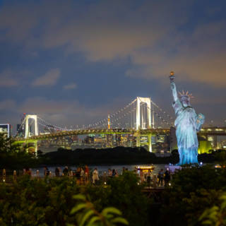 Statue of Liberty Replica – Odaiba