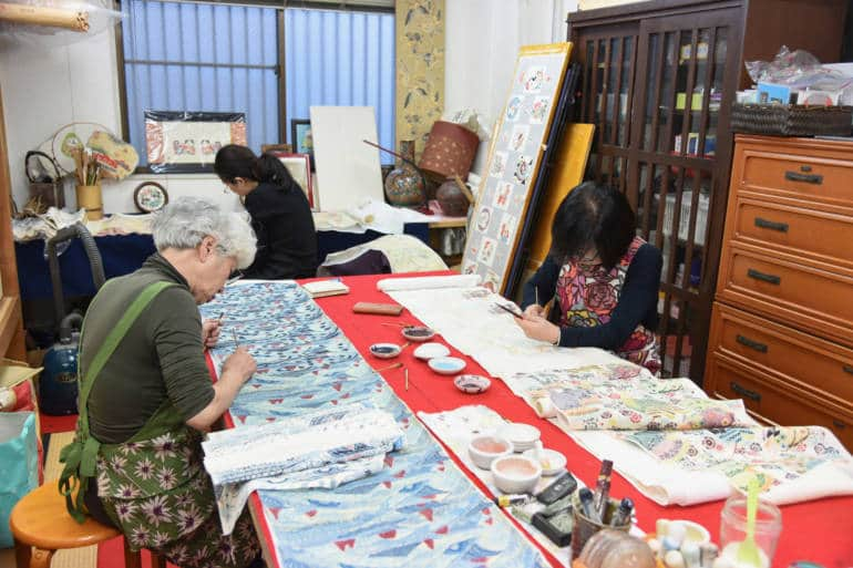 Fabric dyeing in Tokyo