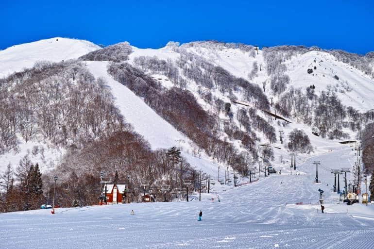ski gear Japan