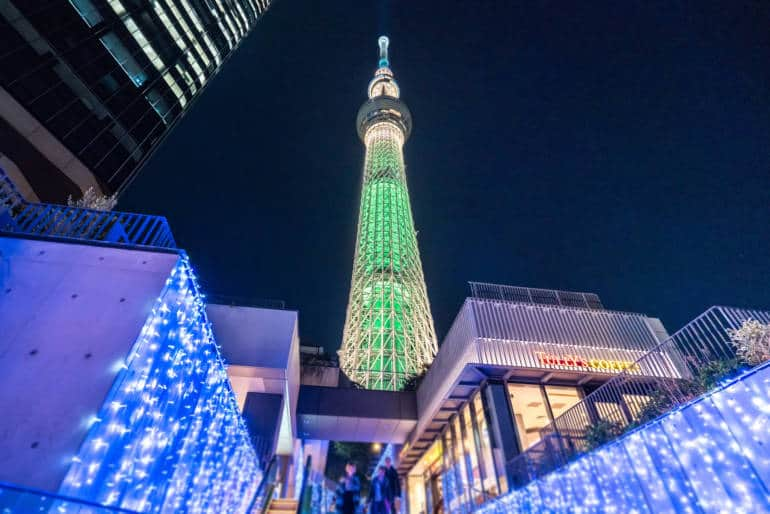 skytree christmas lights