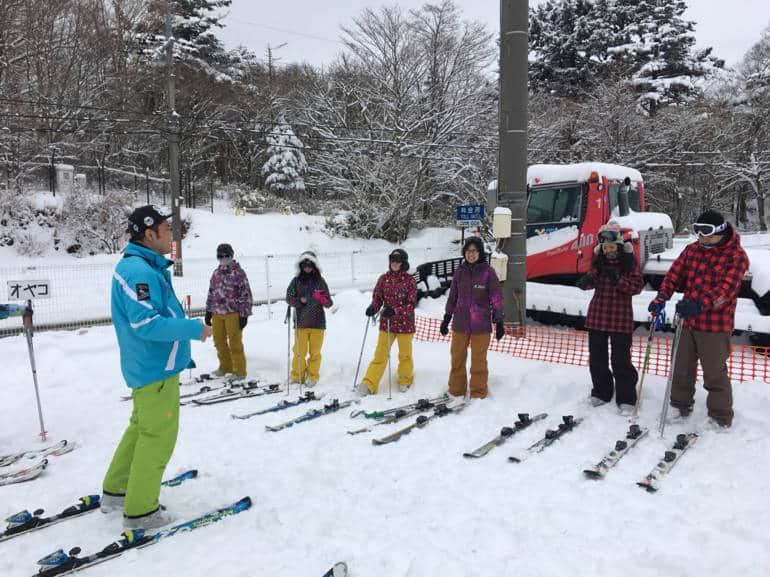 ski lesson on mt fuji