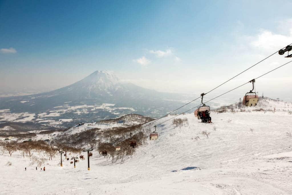 niseko ski lift