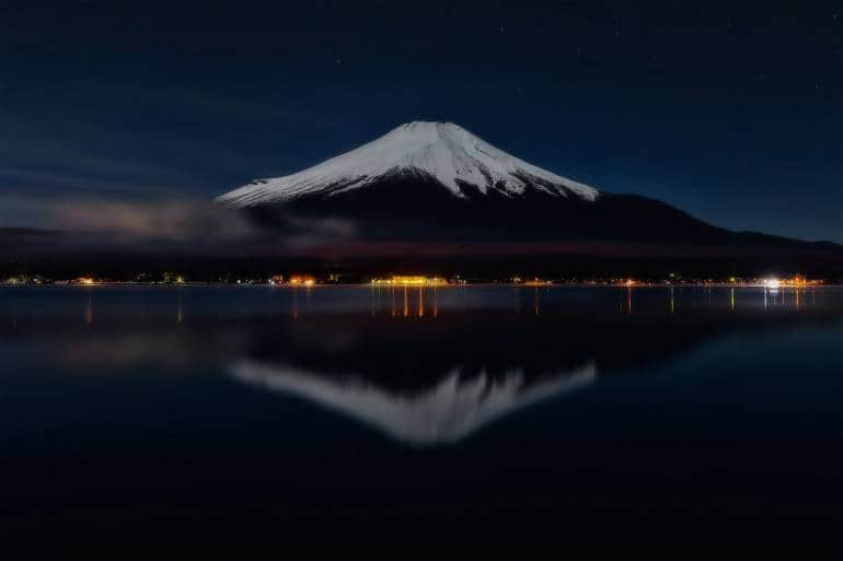 mt fuji night