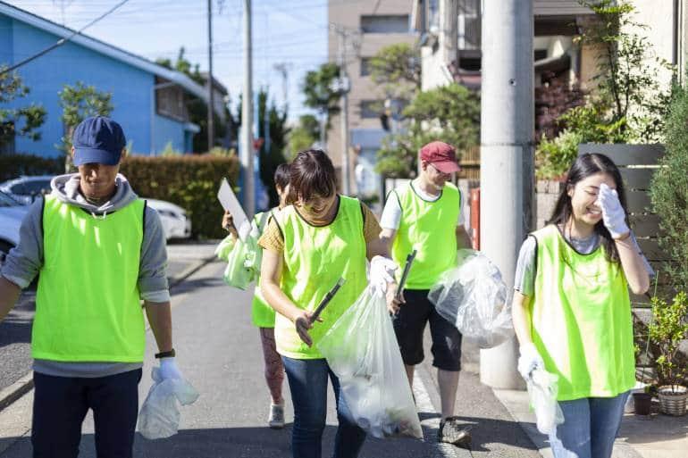 Volunteers in Tokyo