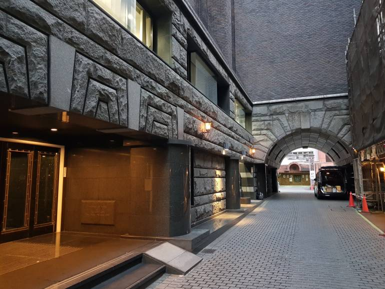 Sun Mall medieval passage