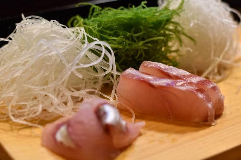 fresh sakata sushi