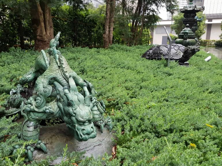 Qing Dynasty brass dragon